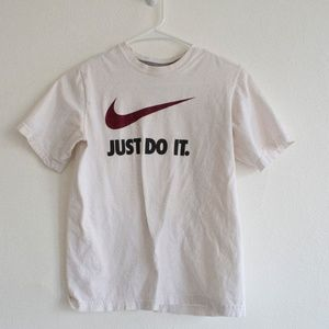 Vintage Nike Women's Lage White Red Black T-shirt